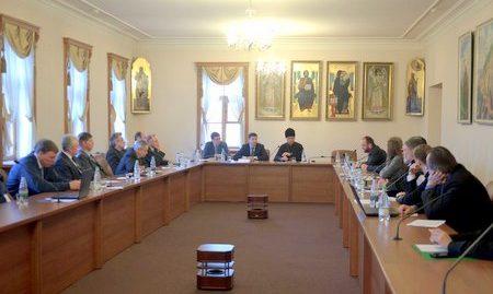 В ОВЦС состоялся межконфессиональный семинар, посвященный 15-летию издания «Основ социальной концепции Русской Православной Церкви»